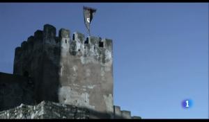 El pendón de Isabel sobre las torres de Castilla